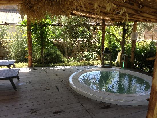 vasca-in-giardino